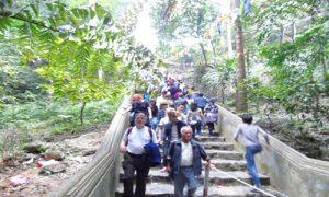 Huong-Tich-way-going-down
