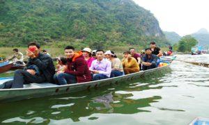 Thuyen-chua-Huong