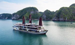 Lan-Ha-bay-Overnight-cruise