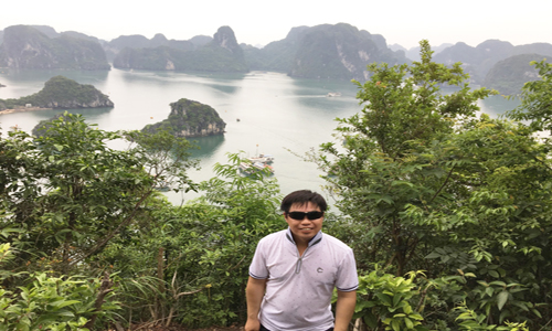 Titop-hill-Ha-long-bay
