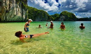 Ba-Trai-Dao-Beach-Cat-Ba-island