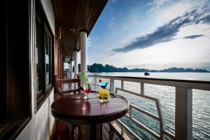 Gray Line 8 cabins - Balcony tầng 2
